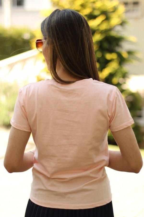 Blusa manga curta rosa coração