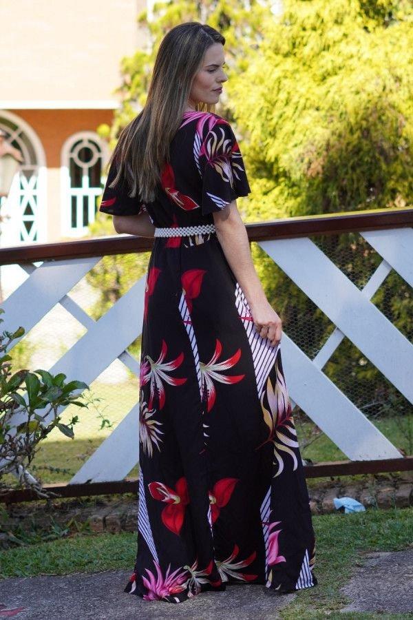 Vestido evasê longo preto folhagem